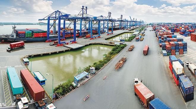 Cổ phiếu cảng biển: Áp lực chung, khó khăn riêng