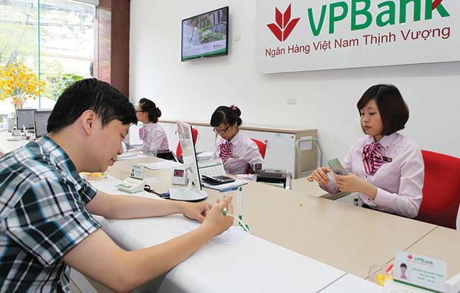 Mức phí hợp lý và lãi suất cạnh tranh với UPAS L/C của VPBank