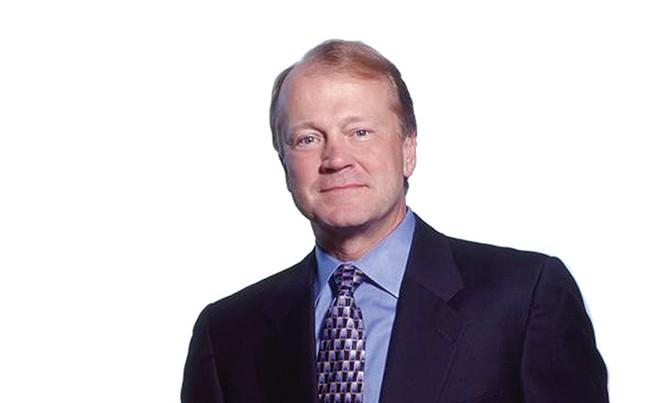 CEO Cisco Systems ung dung rời bỏ ngôi vương