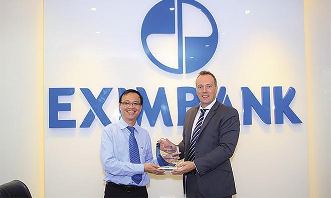 """Eximbank nhận giải """"Thanh toán xuyên suốt"""""""