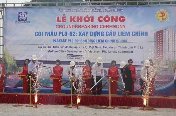 Hà Nam khởi công cầu Liêm Chính 55 triệu USD qua sông Châu Giang