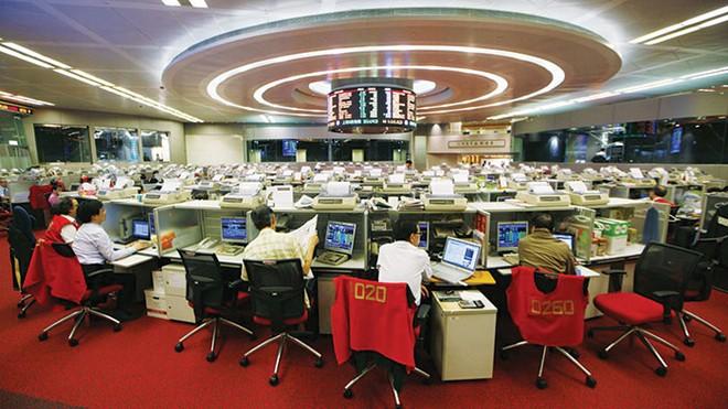 TTCK Hong Kong cần thêm biện pháp giám sát sau sự cố 35 tỷ USD