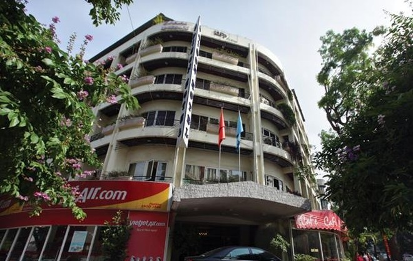 """Bộ Giao thông làm """"rắn"""" với vụ nhượng vốn Khách sạn Thương mại Sài Gòn"""