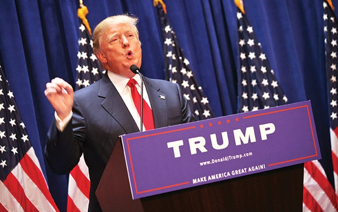 """Donal Trump """"lộc đất"""" và những bóng hồng"""