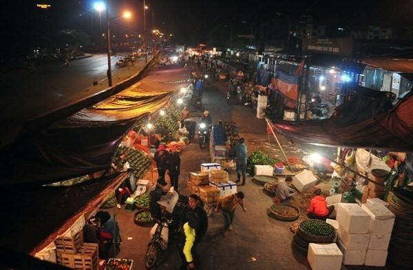 Hà Nội sắp xóa sổ chợ đầu mối Long Biên