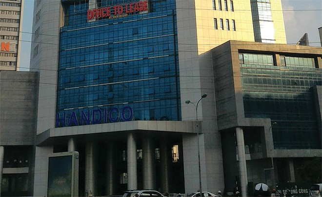 """Thị trường văn phòng Hà Nội :Chủ đầu tư """"đấu"""" với thứ cấp"""