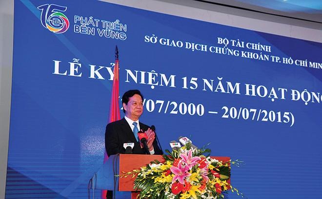 """Thủ tướng Nguyễn Tấn Dũng: """"Ngành chứng khoán cần nỗ lực để lớn mạnh hơn"""""""