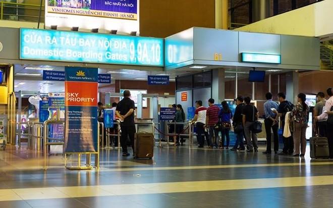 Vietnam Airlines lãi trước thuế 430 tỷ trong 6 tháng đầu năm 2015