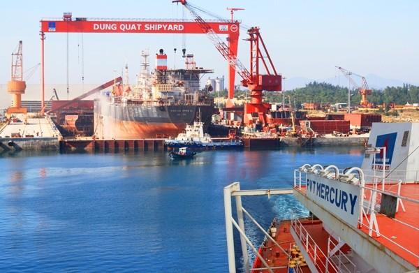 Công nghiệp tàu thủy Dung Quất di dần lên từ bờ vực... phá sản