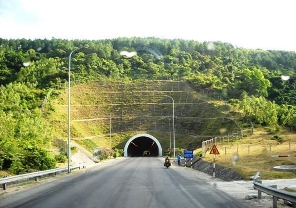 Sẽ mở rộng hầm đường bộ qua Đèo Ngang thành 4 làn xe