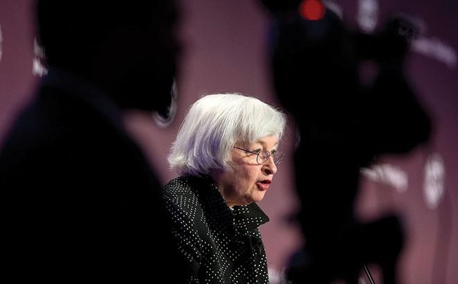 Fed chưa tăng lãi suất, nguy cơ vẫn còn