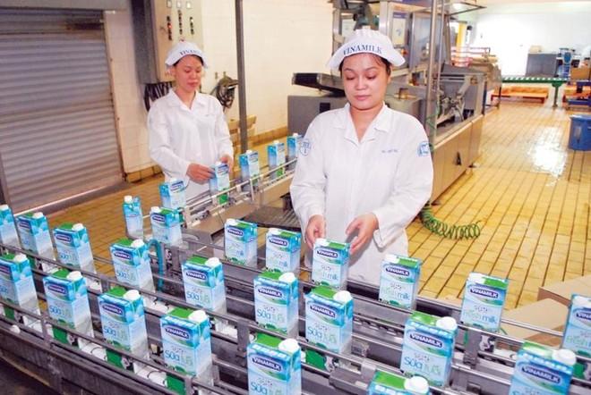 Thoái vốn Vinamilk và chuyện xóa bỏ thương hiệu Việt