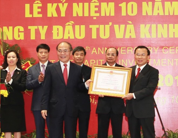 Làm gì để Việt Nam có tập đoàn đầu tư tài chính khu vực?