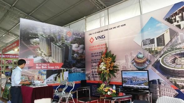 """Vietbuild Hà Nội 2015: Lại """"thất thu"""" doanh nghiệp bất động sản"""
