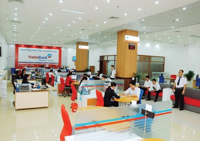 Rủi ro công nghệ trong cuộc đua ngân hàng bán lẻ