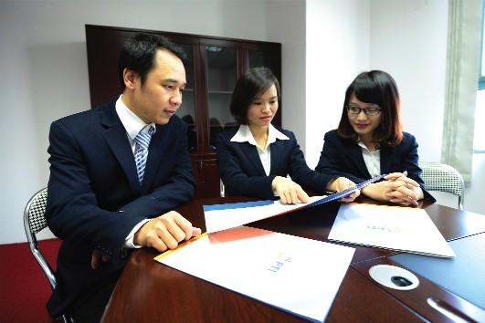 Làm gì để giữ chân nhà đầu tư ngoại?