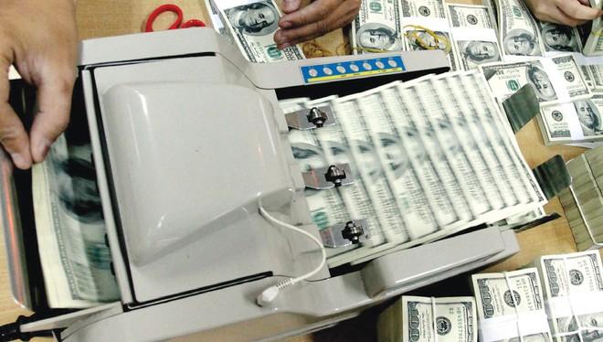 Bước tiếp theo cần làm gì để chống đô la hóa?