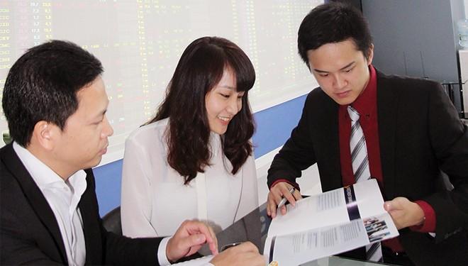 Tuân thủ quản trị: Bắt buộc khó thực thi