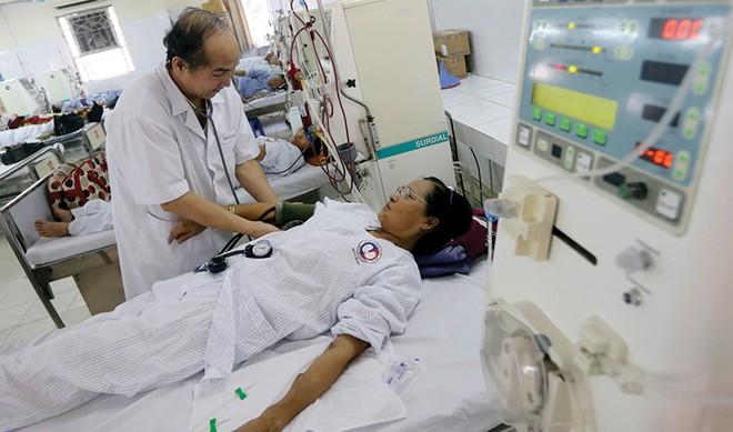 Giá viện phí tăng, bảo hiểm sức khỏe thêm cơ hội