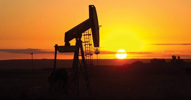 Đầu tư cho thăm dò dầu khí dự báo giảm 17% năm 2016