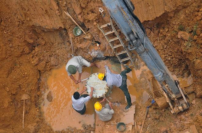 Đường ống nước sạch Sông Đà 2: vì sao Viwasupco chọn nhà thầu Trung Quốc?