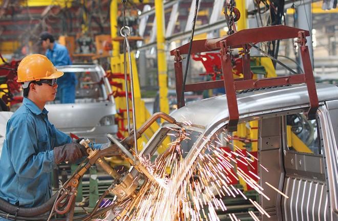 Ba trụ cột tăng trưởng của nền kinh tế đều suy giảm