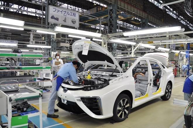 Toyota tạm ngừng sản xuất 15 nhà máy do động đất