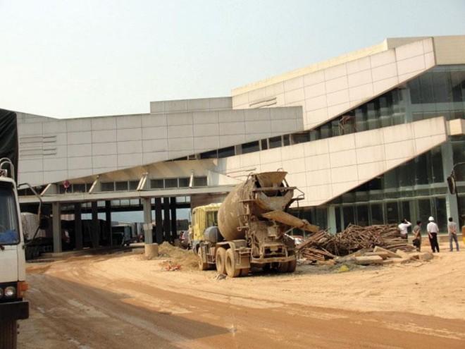 Chậm trễ tại Dự án Nhà liên hợp Cửa khẩu quốc tế Cầu Treo (Hà Tĩnh): Thiên không thời, nhân bất hòa