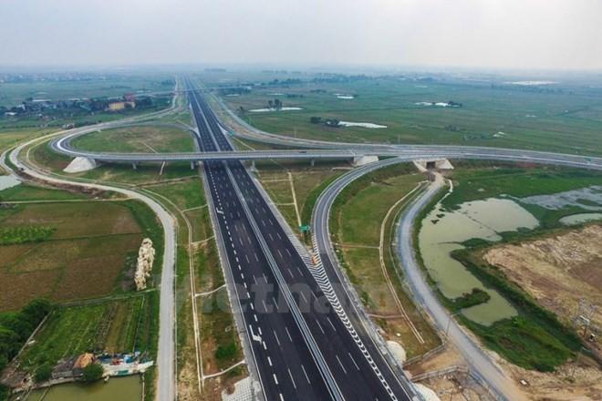 Đề xuất hơn 6.700 tỷ đồng xây đường cao tốc Hàm Nghi-Vũng Áng