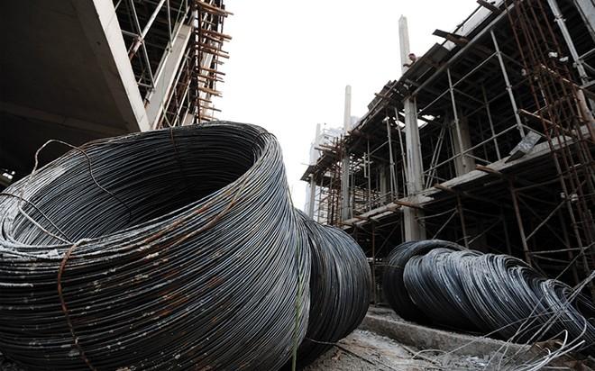Cổ phiếu ngành thép vào mùa thấp điểm