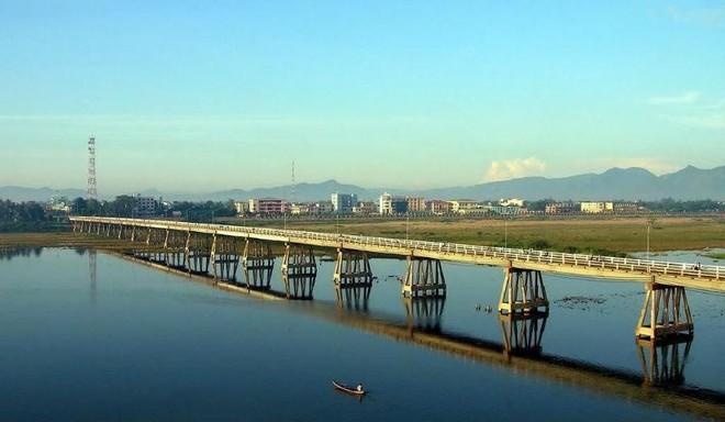 Quảng Ngãi tạm dừng cấp phép đầu tư các dự án hai bên sông Trà Khúc