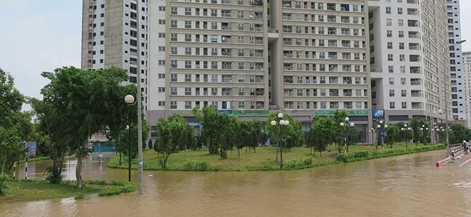 """Địa ốc ngoại thành Hà Nội """"tụt hạng"""" sau trận ngập tháng 5"""