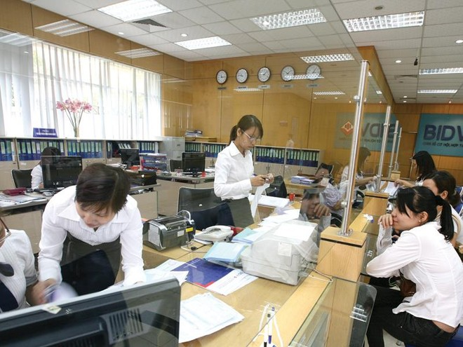 Vụ cổ tức BIDV và VietinBank: Tiền mặt hay cổ phiếu, ai có quyền quyết?