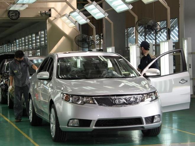 Ô tô lắp ráp áp đảo xe nhập khẩu trong tháng 5/2016