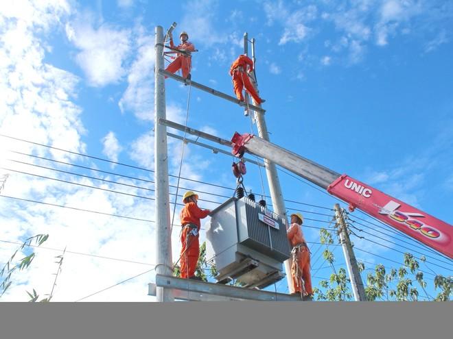 Đầu tư 6.552 tỷ đồng cho lưới điện miền Nam trong năm nay