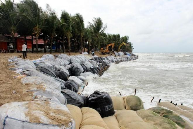 Đầu tư 300.000 Euro khắc phục xói lở biển Cửa Đại