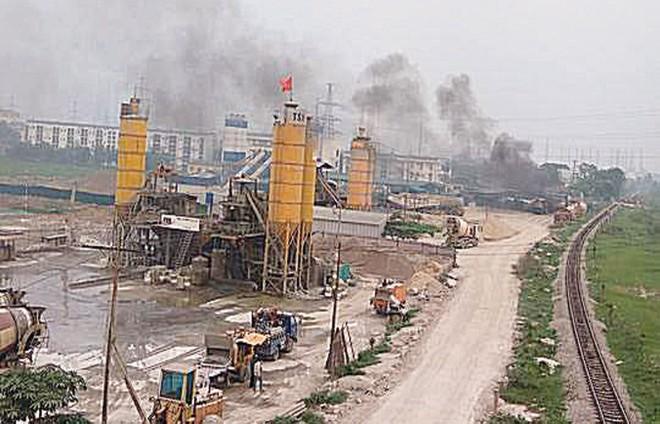 Cư dân Khu đô thị Dương Nội vẫn sống chung với ô nhiễm