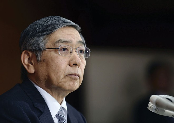 Thống đốc BOJ chịu nhiều áp lực