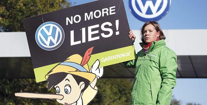 Scandal gian lận của Volkswagen và câu chuyện về CSR