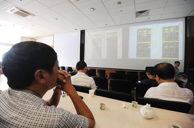 Tháng 8, nhà đầu tư nên chú ý đến những cổ phiếu nào?