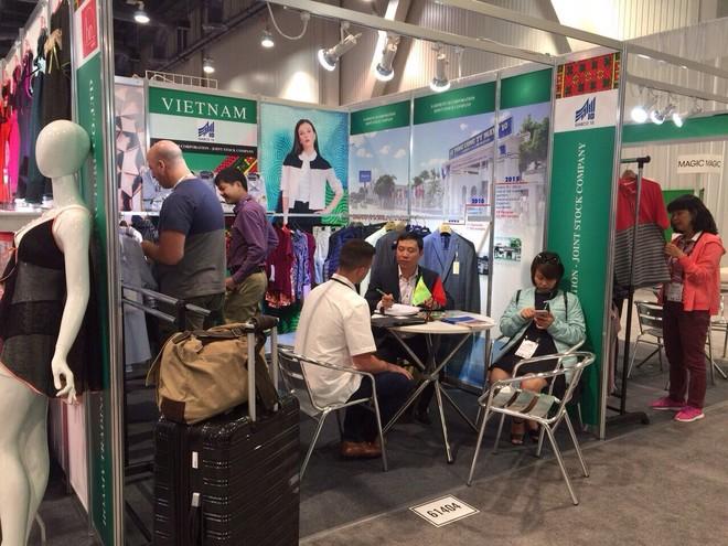 12 doanh nghiệp dệt may Việt tìm khách hàng tại Mỹ