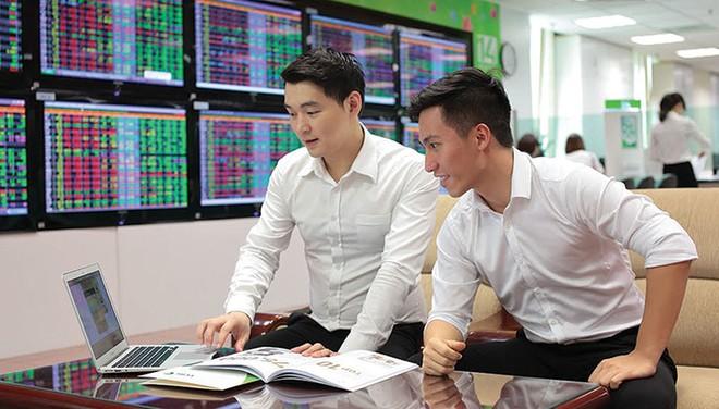 Khơi thông kênh trái phiếu cho nhà đầu tư cá nhân