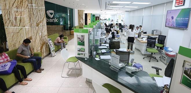Tái cơ cấu ngân hàng: Đích ngắm là dứt điểm sở hữu chéo