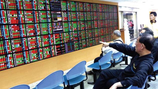Thị trường chứng quyền trên thế giới - Ngược dòng lịch sử