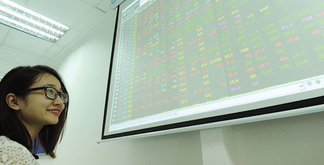 Quỹ mở nội địa: Tăng trưởng vượt trên VN30