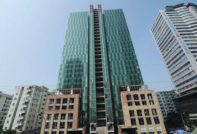 """Nhiều dự án văn phòng cho thuê tại Hà Nội  """"đắp chiếu"""", vì đâu?"""