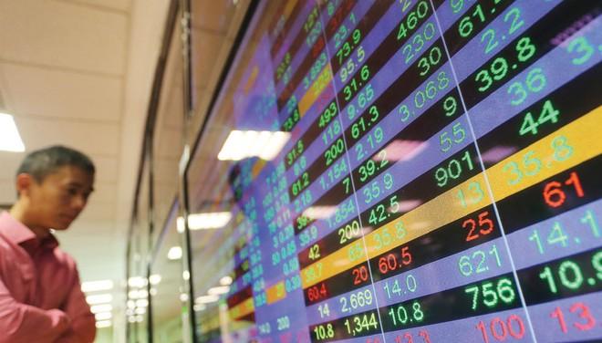 """Cổ phiếu ngân hàng được kỳ vọng """"sáng"""" dần trong năm nay"""