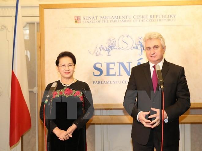 Việt Nam - Séc nhất trí tạo hành lang pháp lý bảo trợ đầu tư cho các doanh nghiệp tư nhân
