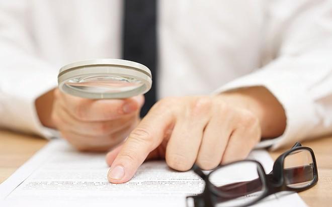 Báo cáo tài chính kiểm toán và câu hỏi về độ tin cậy