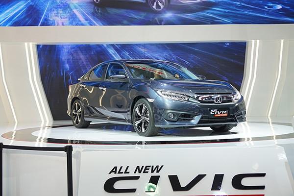 Triệu hồi 300 Honda Civic mới về Việt Nam: Dính lỗi có thể dẫn tới hỏng động cơ